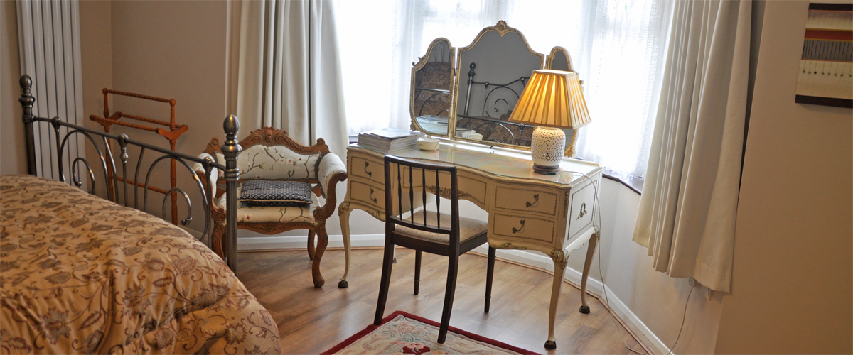 ...and dressing table